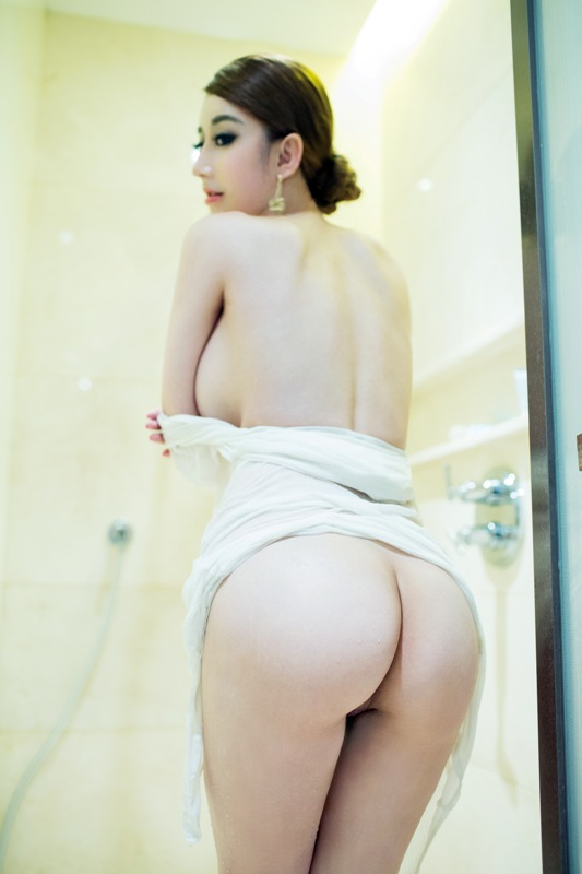 Chinese nude hot model