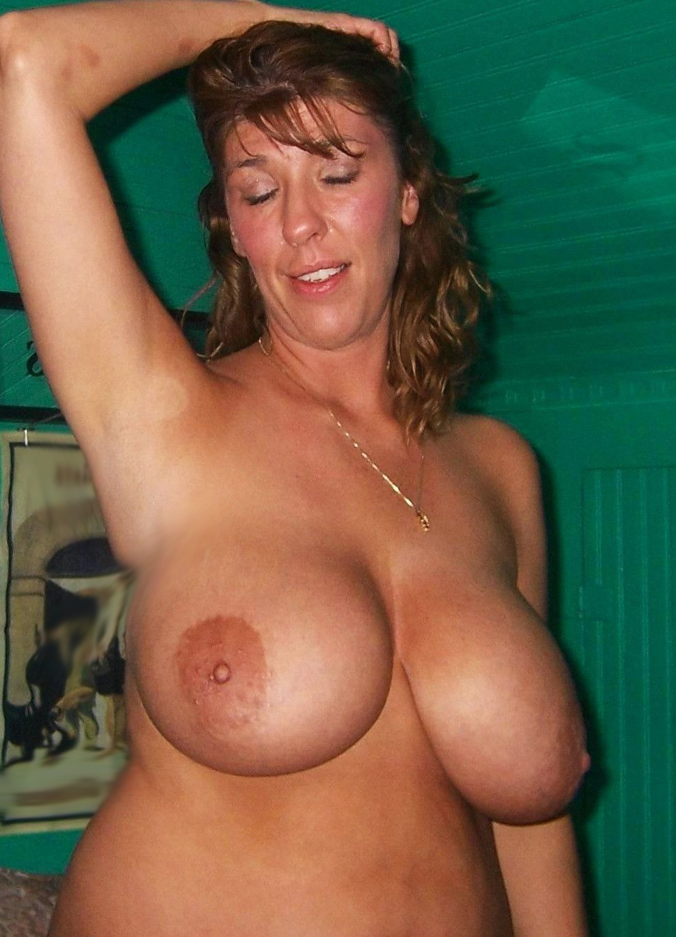 hot young fingered cunt shots