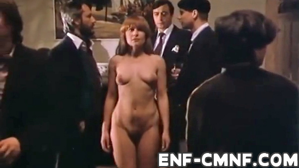 Party full of naked woman